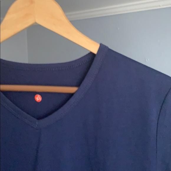 Men's Casual Short Sleeve V-Neck T-Shirt (Size M)